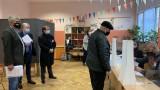 Доставката на маските за изборите била с над 26 000 лв. по-скъпа от най-ниските цени