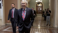 """Сенатът отхвърли """"мършав"""" законопроект на републиканците за отмяна на """"Обамакеър"""""""