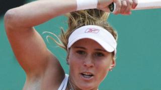 Вайдишова и Серина на четвъртфинал
