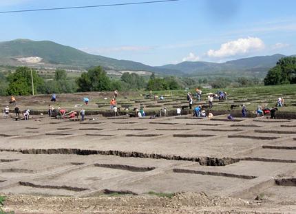 """Селище на 8 хилядолетия проучват по трасето на магистрала """"Струма"""""""