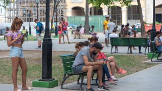 В Куба интернетът най-накрая ще достигне домовете и хотелите