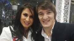 Даниел Александров се бори със съпругата си в условията на самоизолация