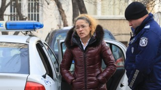 Иванчева е сигурна, че е жертва на имотната мафия