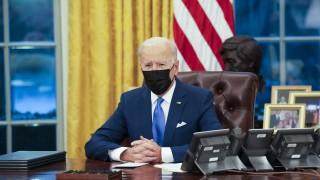 САЩ и Австралия обсъждат как да се справят с Китай