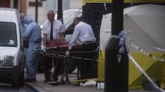 Един загинал и петима ранени при нападение с нож в Лондон