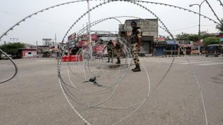 5 души загинаха при стрелба по границата с Кашмир