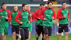 Националите остават в историята и в мача с Дания