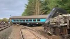 Двама души загинаха при железопътна катастрофа в Австралия