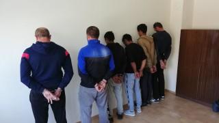 Арестуваха 9 души в Свищов при спецакция