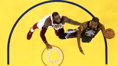 Баскетболни звезди с обща песен