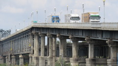 Огромни дупки зейнаха на Дунав мост при Русе