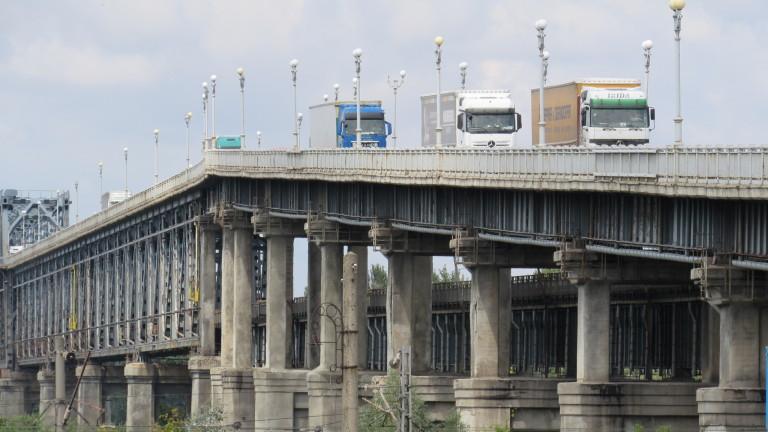 """Без такса за преминаване на """"Дунав мост"""" искат жителите на Русе"""