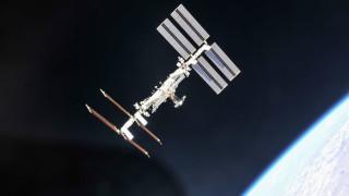 Отломки от сателит, разрушен от Индия, могат да застрашат МКС