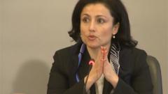 """Министър Танева отхвърли данък """"вредни храни"""""""