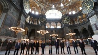 "Топ духовник в Турция атакуван заради проповедта си в ""Света София"""