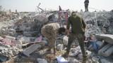 Хиляди бягат от бомбардировките на Русия в Северозападна Сирия, отправят се към Турция