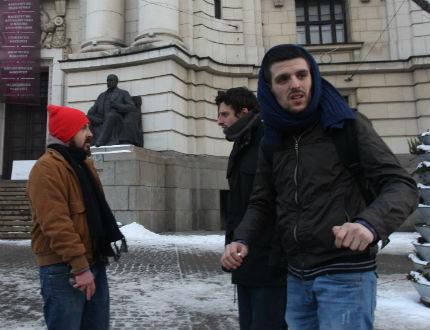 """Инфантилна обществена реакция провали окупацията на СУ, смятат """"Ранобудните"""""""