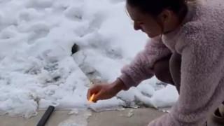 Тексасци с конспирация - горят сняг, за да докажат, че е фалшив
