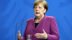Меркел: Еврото е най-добрата гаранция за мир в Европа