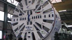 Машината за тунела на метрото голяма колкото Боинг, диви се Борисов