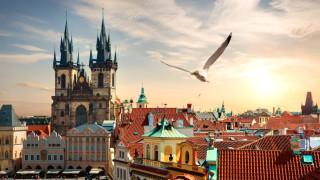 Източна Европа има повод да повиши основните лихви. Но няма да го направи