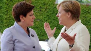 Меркел и полският премиер призоваха Великобритания да гласува за ЕС