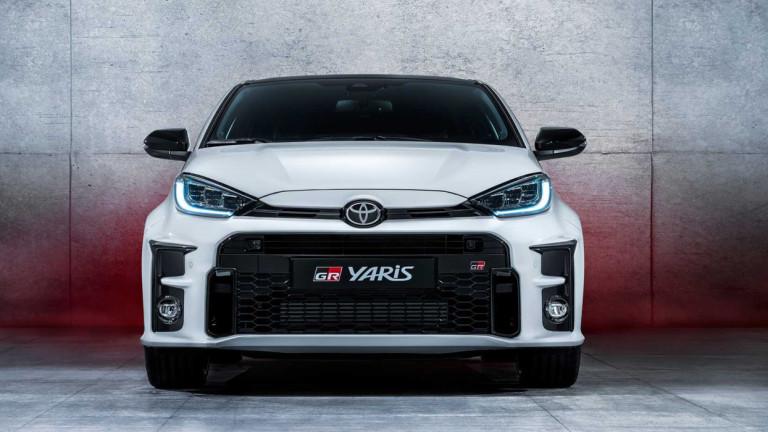 Заради дефицита на полупроводници: Toyota спира производството в някои заводи