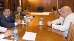 Две министерства, депутати и БФС изготвят мерки срещу футболното хулиганство