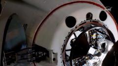 Астронавтите на SpaceX пристигнаха на МКС
