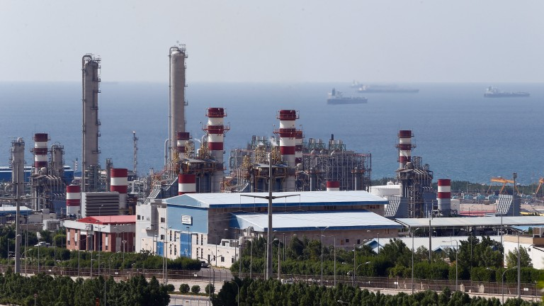 Иран наложи ембарго на горивото на кюрдите