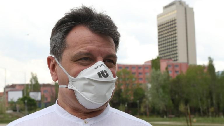 Не може да се появи на пазара ваксина, която да не е безопасна, уверява д-р Симидчиев