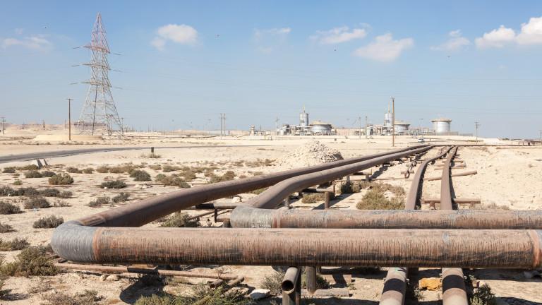 Катар ударно увеличава производството на природен газ