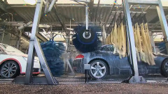Най-голямата автомивка в света: 4000 коли на ден (Видео)