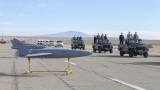 Иран тества безпилотни самолети на военни учения
