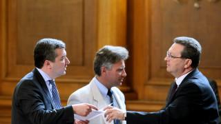 Изслушване на генералитета в комисията по отбрана подразни червените