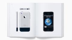 Apple продава луксозно издание с 450 снимки на свои продукти за... $299