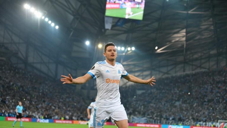 Марсилия взе комфортен аванс преди реванша в Австрия