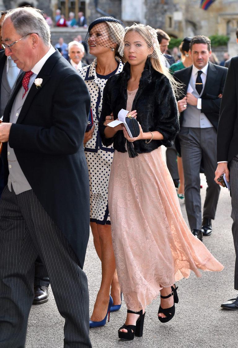 Кейт Мос пристигна с дъщеря си
