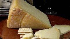 Кашкавалът се оказа топено сирене във верига за бързо хранене