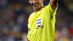"""ФИФА определи """"мъжете в черно"""" за Световното клубно първенство"""