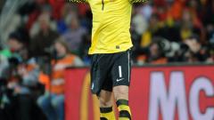 Футболист на Фулъм ще последва Бербатов в Монако