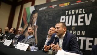 Съперникът на Тервел Пулев пристига в България утре