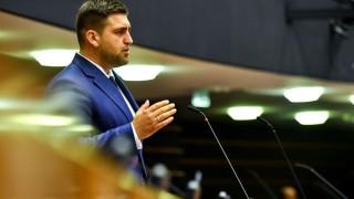 Новаков уверен, че България управлява добре евросредствата