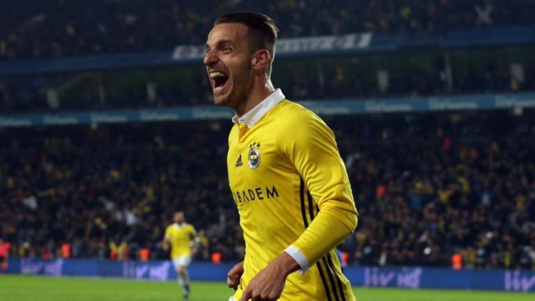 Бившият испански национал Роберто Солдадо се завърна в Ла Лига.