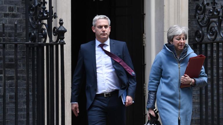 Британското правителство попитало разбунтували се тори дали ще подкрепят споразумението