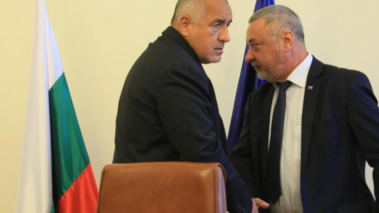 Лидерът на НФСБ Валери Симеонов ще инициира в близките дни