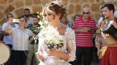 Енджи Касабие: Сватбената ми рокля е за $ 150 000 (СНИМКИ)