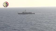 """Кораб засече сигнали от """"черна кутия"""" на падналия в Средиземно море самолет"""