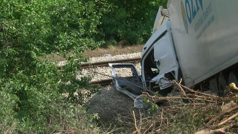 Катастрофа между два тира спря движението на влакове в Русенско