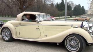В каква кола се е возила любовницата на Хитлер?